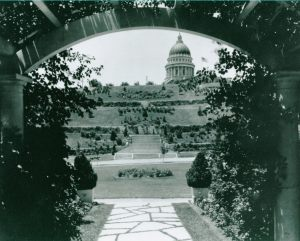 05_view_of_capitol